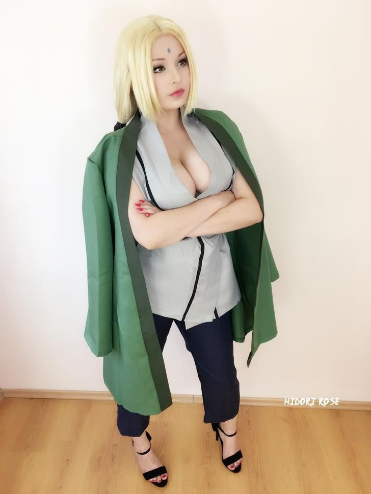 Tsunade Senju by Hidori Rose - More at https://pinterest.com/supergirlsart #naruto #cosplay #girl