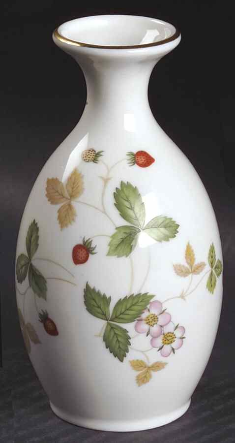 Tall Wedgwood Wild Strawberry 8 Inch Urn Vase Listing In The Ornamental Decorative China Porcelain Pottery Gl Category On