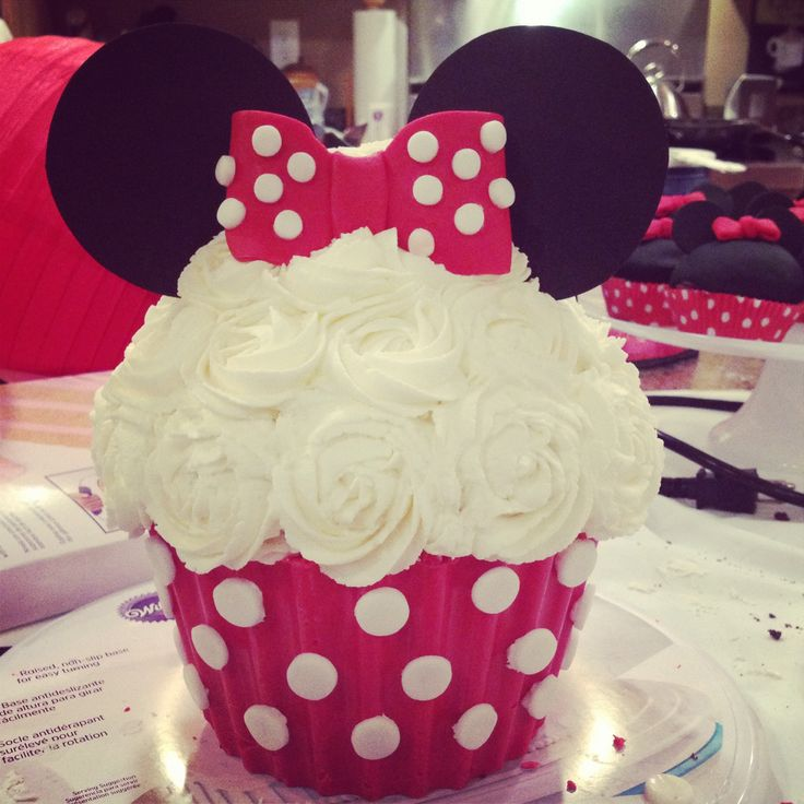 Minnie Mouse giant cupcake Minnie Mouse birthday party first birthday, for Makenna!