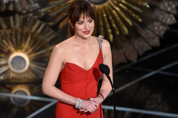 I gioielli di Dakota Johnson agli Oscar 2015 http://molu.it/gioielli-degli-oscar-2015/