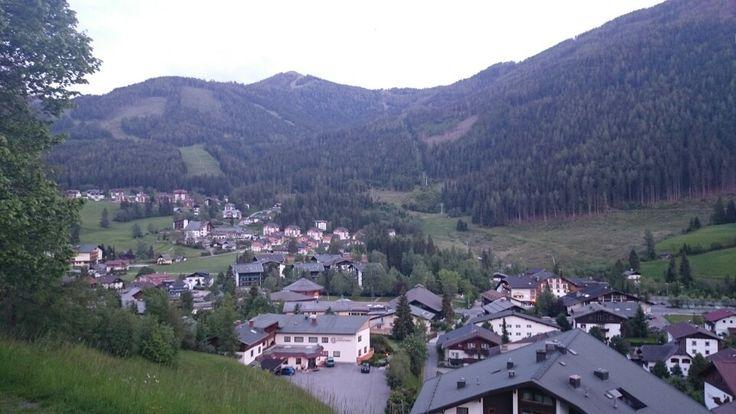 Blick auf Bad Kleinkirchheim www.almrausch.co.at