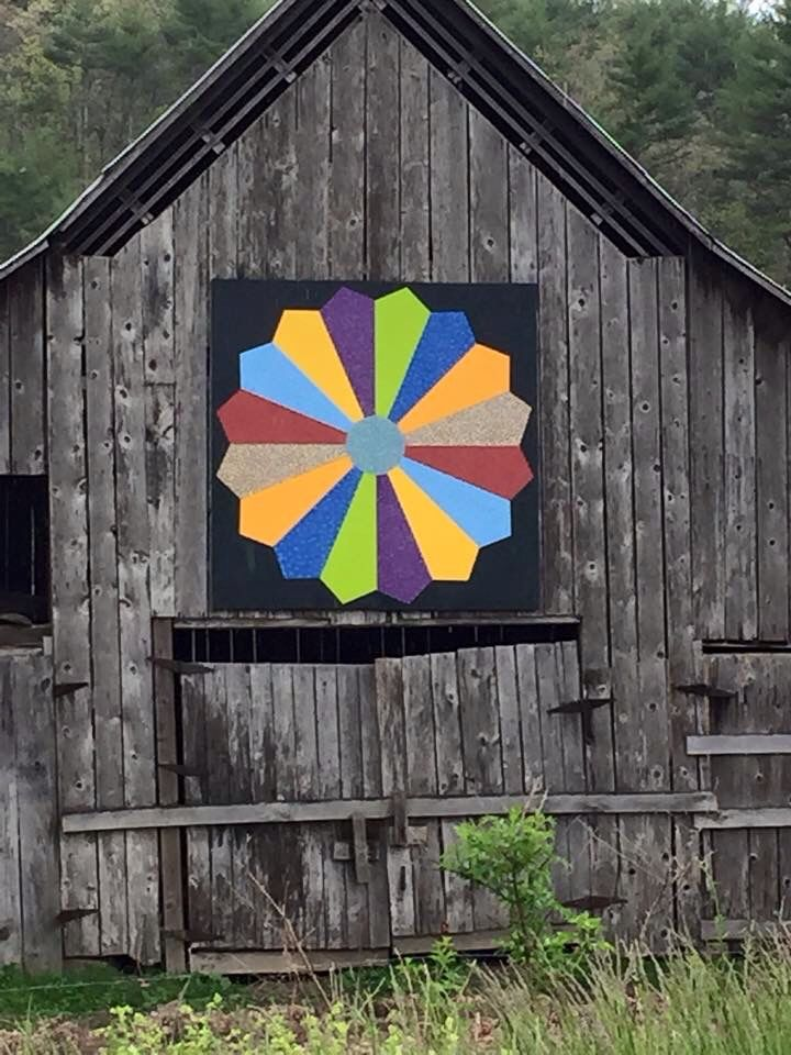 Dresden Plate Barn Quilt Barn Quilts Painted Barn