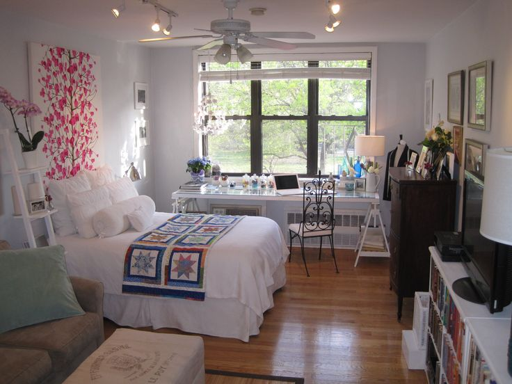 Decorating A Small Apartment best 25+ nyc studio apartments ideas on pinterest | studio