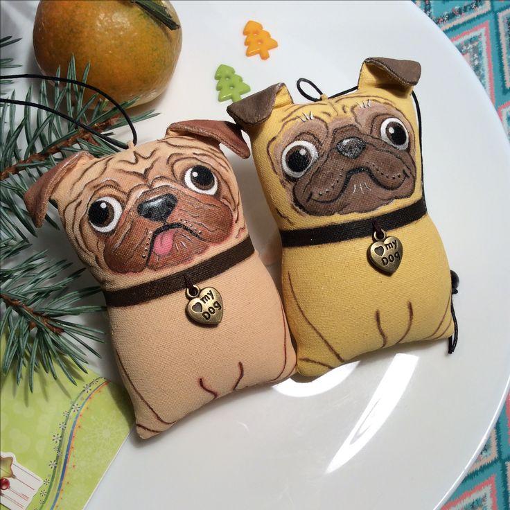 Новогодние собачки, символ года, собачки, символ 2018, собаки, мопсы
