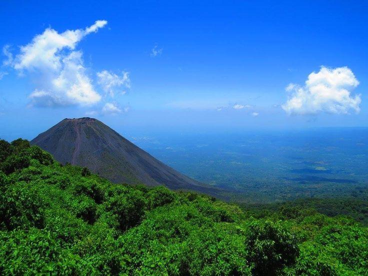 Otra toma del Volcán de Izalco.