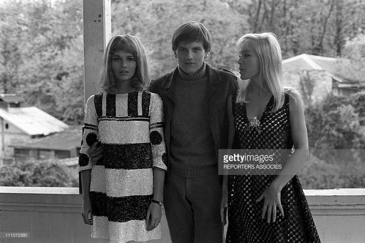 1967 Catherine Jourdan, Jacques Perrin and Estella Blain at filming of 'vivre la nuit' by M - Camus In France On November 14, 1967.