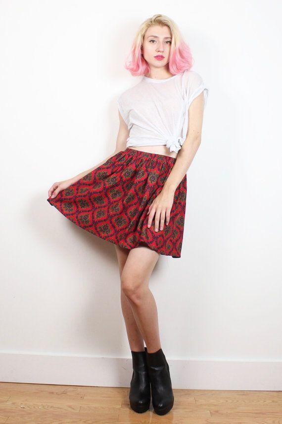 Vintage Mini Skirt Red Paisley Gold Blue Baroque Print 1980s Preppy Uniform Skater Skirt 80s Skirt High Waisted Skirt M Medium L Large XL #1980s #etsy #80s #vintage #mini #skater #skirt #paisley