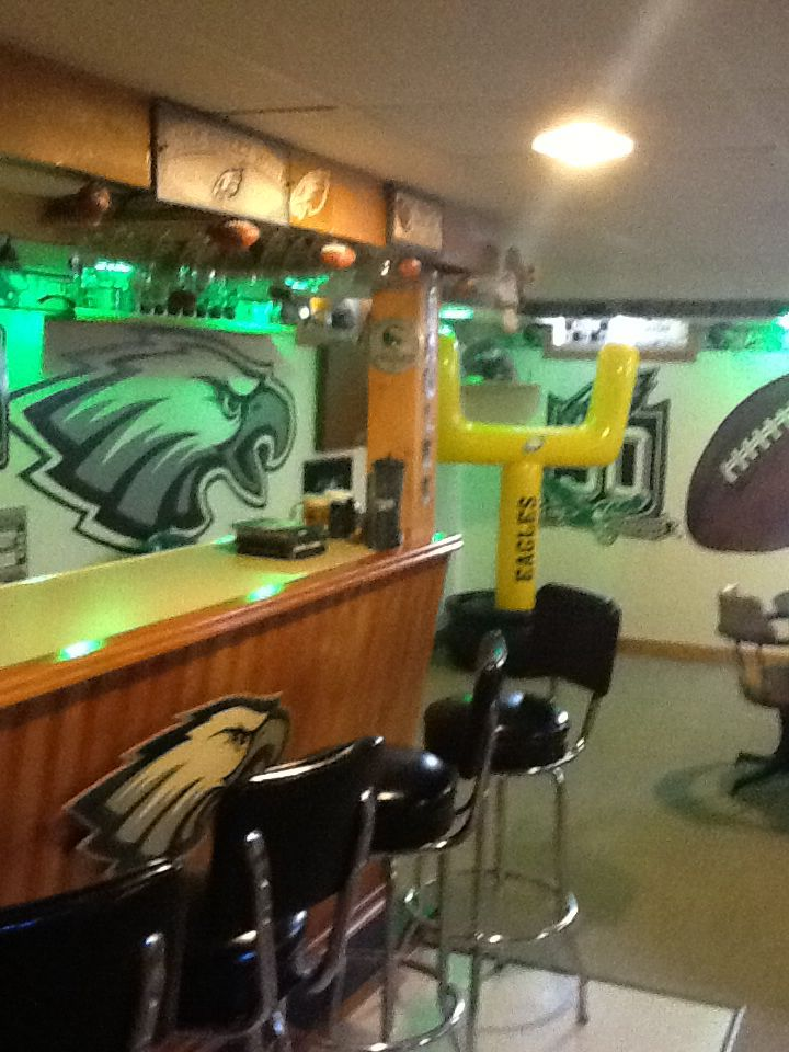 Best Philadelphia Eagles Man Cave Images On Pinterest - 33 best man caves ever seen