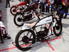 【画像ギャラリー】所さんと世界の北野武のあのバイクを発見【動画あり】   goo 自動車&バイク