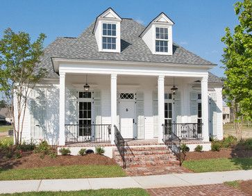 New Orleans Charm with a Private Courtyard - traditional - exterior - new orleans - Highland Homes, Inc.