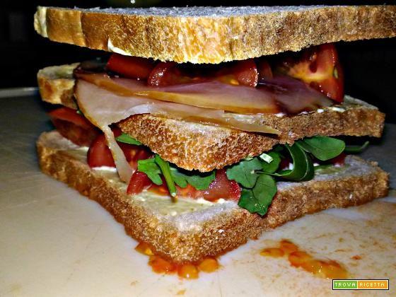 ClubHouse Sandwich con pesce spada affumicato  #ricette #food #recipes