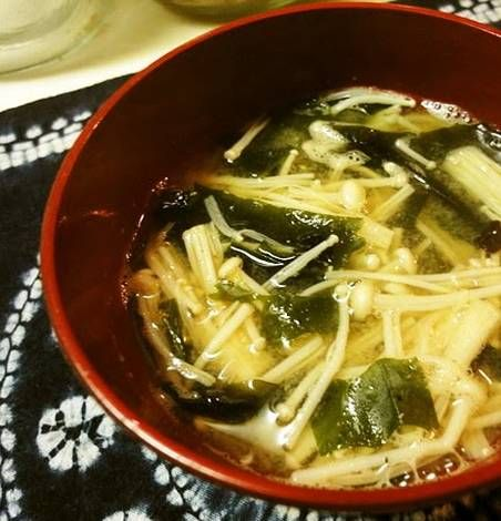 Fat-Fighting Enoki Mushroom Miso Soup