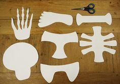 Pappteller-Skelett für Halloween basteln, Kinder!