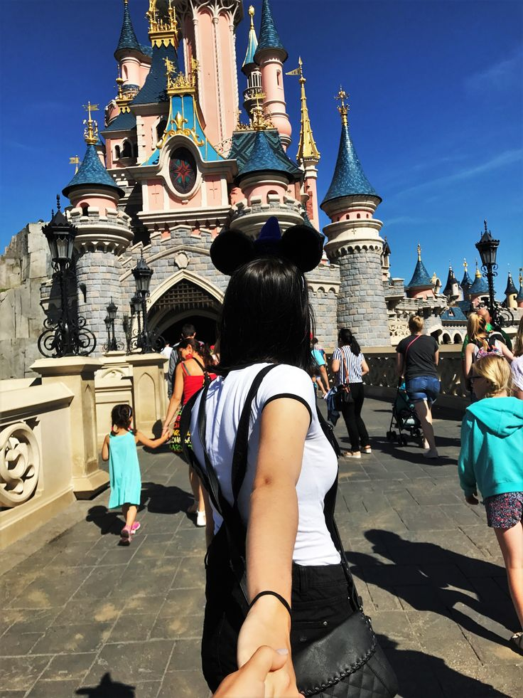 """""""It's Disney day!"""" – that's how I woke up a few weeks ago. As you know if you follow my blog I went to Paris with two of my best friends a while ago"""