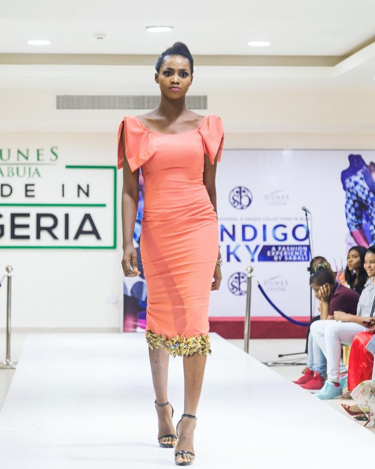 Made in Nigeria  . . . . . . . . . . . . . . . . . . . . . . . . . . . . . . . . . #Mkphotography4 #bellanaija #naijaweddings #asoebi #owanbe #styleblogger #lifestyleblogger #beautyblogger #potd #weddings #naijalifemagazine #beautifulgirls #ladies #abuja #africanskillingit #africanqueen #africanpride #ankara #traditional #nigeria  #queening #beautiful #fashionista #slay #slayer  #trend #traditionalweddings #africansweetheartweddings #africa #Mkphotography4