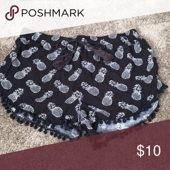 Pineapple  Pom Pom shorts These are the cutest thing ever  size medium. Perfect for the beach or sleeping  Intimates & Sleepwear Pajamas