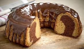 Το κέικ είναι από τα αγαπημένα γλυκά μικρών και μεγάλων και αποτελεί μία... σταθερή αξία.Πλέον υπάρχουν πάμπολες επιλογές για ένα