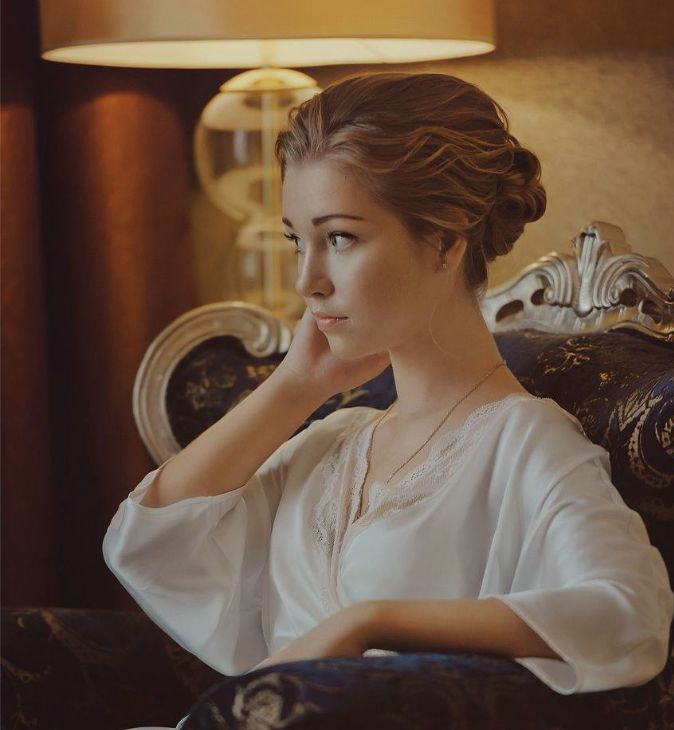 26 Stylish Wedding Hairstyles for A Dreamy Bridal Look - Updo - Fancy Pom