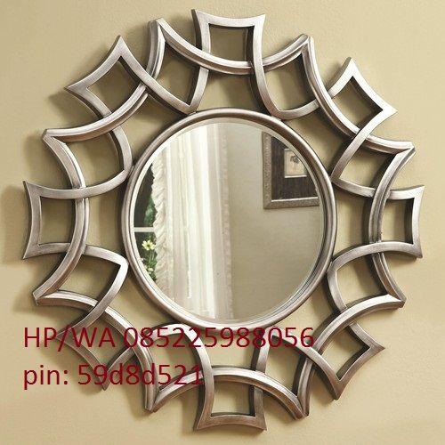 Pigura Cermin Minimalis Murah ini atau Pigura Kaca Minimalis ini hasil karya dari toko kami yang kami desain dengan konsep minimalis