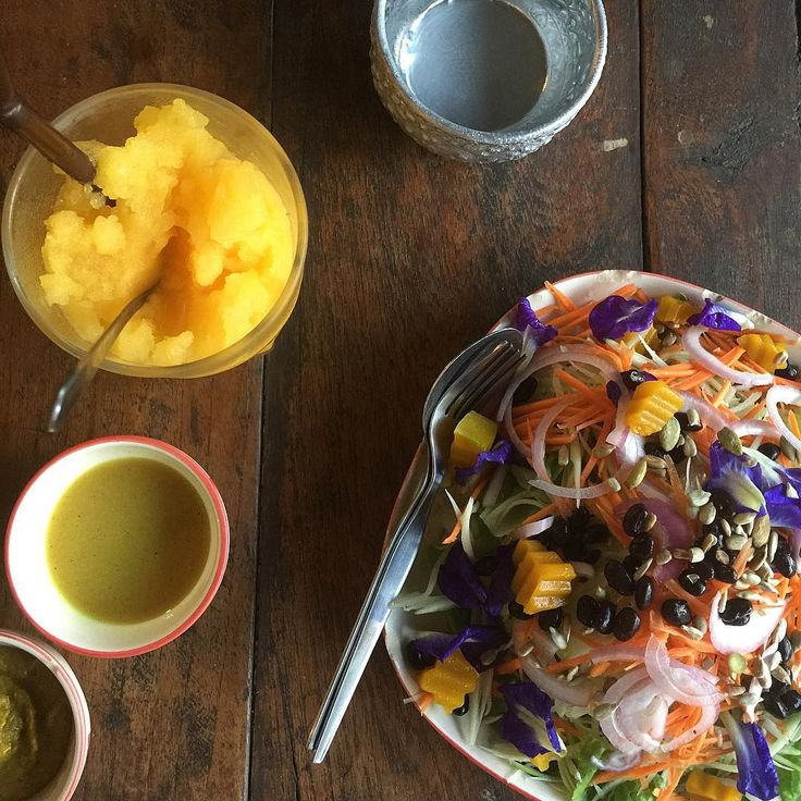 One fine lookin' salad! Pun Pun in Chiang Mai