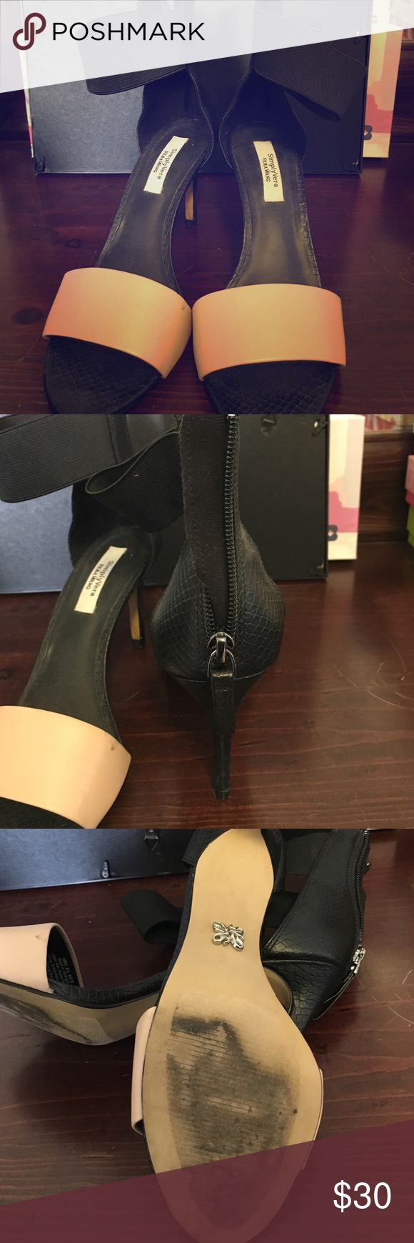 Simply Vera Vera Wang Heels Black snakeskin design with blush toe strap. Zip up heel. Worn a handful of times as you can tell on the sole. Still in good condition. Comes from a smoke free home Simply Vera Vera Wang Shoes Heels