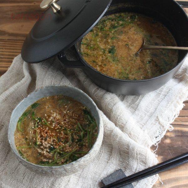 寒い朝にガツンと!簡単ヘルシー「豆苗と春雨の坦々スープ」 - Yahoo! BEAUTY