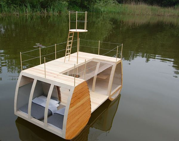 Free Floating catamaran suite: A mini floating lodge complimented by natural ambiance | Ecofriend