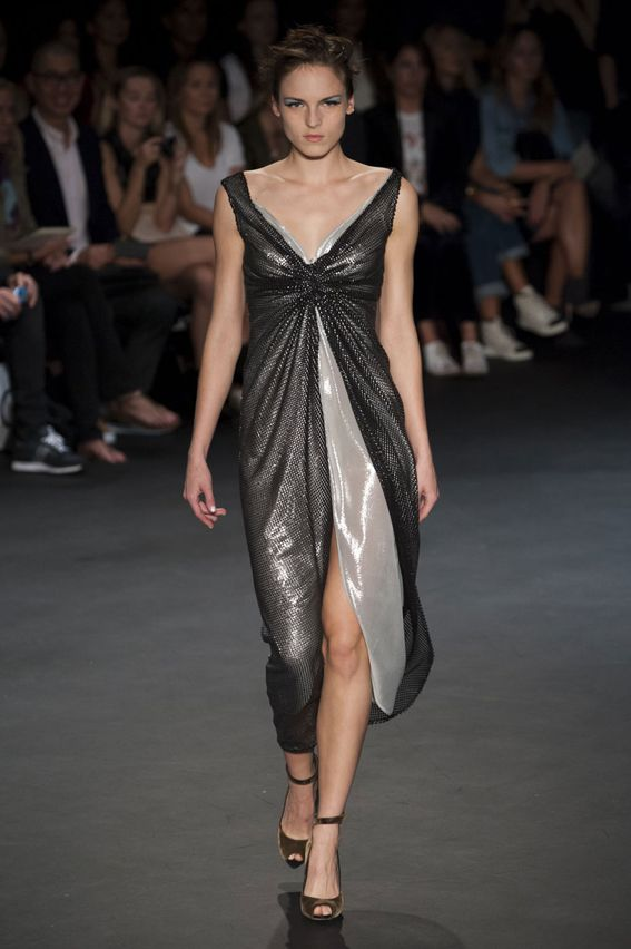 London FW S/S 2015 Emilio de la Morena. See all fashion show at: http://www.bookmoda.com/?p=32148 #spring #summer #ss #fashionweek #catwalk #fashionshow #womansfashion #woman #fashion #style #look #collection #london #emiliodelamorena