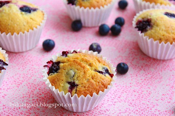 bulutağacı: Yaban Mersinli Ve Limonlu Muffinler