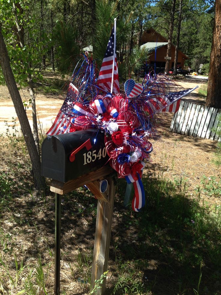 4th of July mailbox decor