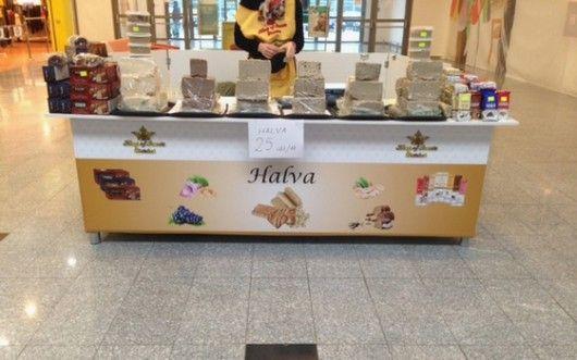 Noul magazin independent King of Sweets și depozitul asociat comercializează și distribuie pe piața din România diverse sortimente de halva și bomboane. Având o suprafață de desfacere de circa 350 mp, #retail-erul a ales o solutie integrată cu vânzare prin SmartCash POS. Click pentru schița completă de dotare a magazinului!