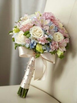 Pastel wedding flower bouquet, bridal bouquet, wedding flowers, add pic source on comment and we will update it. www.myfloweraffair.com can create this beautiful wedding flower look.