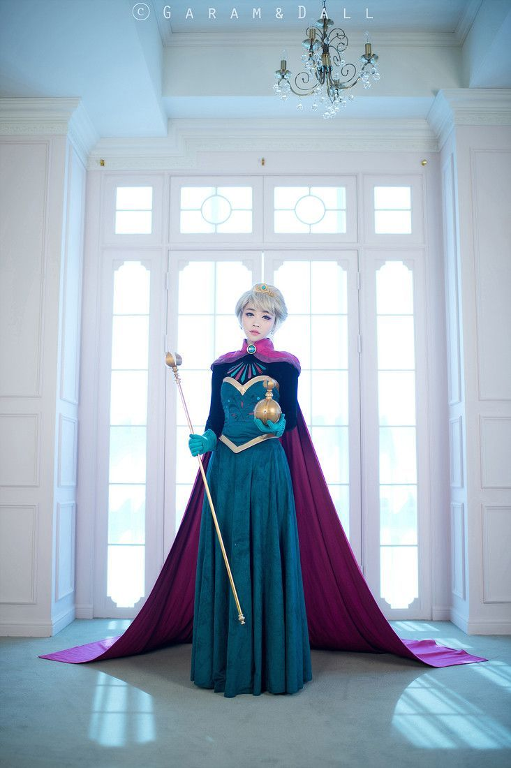 elsa coronation gown the whole thing plus how to make the orb and scepter she's holding