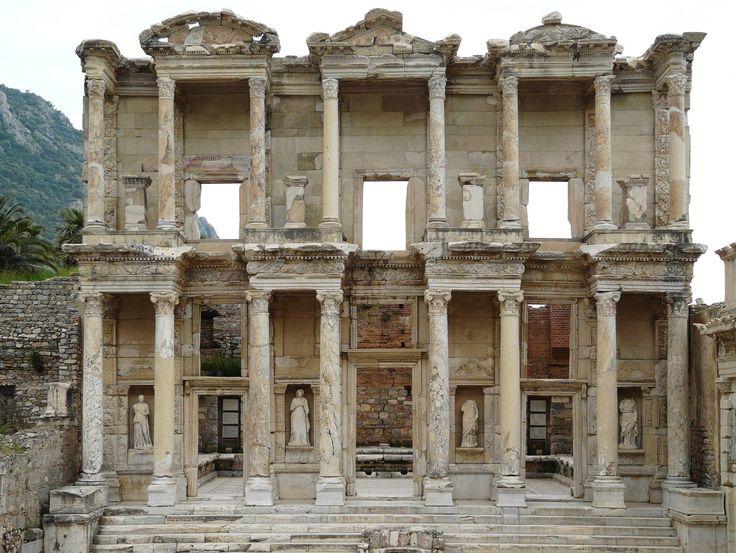 Yaklaşık 22 yıldır UNESCO Dünya Mirası Listesi'ne girebilmek için çabalayan Efes Antik Kenti sonunda hayallerine kavuştu. Almanya'nın Bonn kentinde düzenlenen UNESCO 39. Dünya Miras Komitesi Toplantısı'nda, Diyarbakır Surları ile Hevsel Bahçeleri'nden sonra ikinci müjde 38. gündem maddesi olarak ele alınan Efes Antik Kenti için Geldi. UNESCO 39. Dünya Miras Komitesi Toplantısı'nda Türkiye'den Dünya Mirası Listesi'ne …
