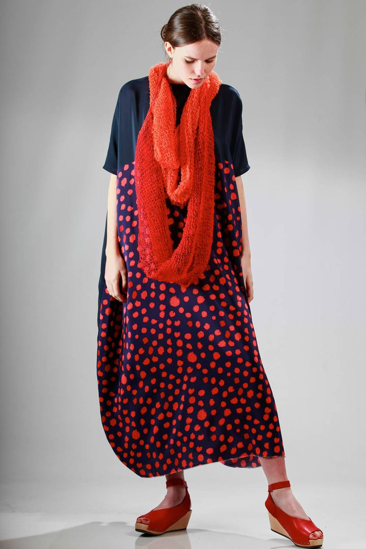 Daniela Gregis | long dress (124 cm) in silk crêpe de chine with a polka dots pattern on a side and the other side in plain colour with linen necklace-scarf |