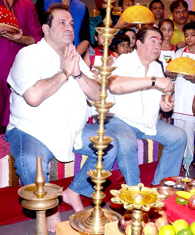 Randhir and Rajiv Kapoor during the prayer formalities of Ganesh Chaturthi #Bollywood #Fashion #Style #Hindu #Festival