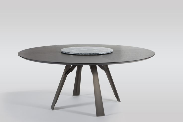 """Are you planning a lunch or a dinner with your friends? We recommend """"Lazy Susan"""", a practical swivelling tray which allows the tablemates to serve themselves all at the same time."""