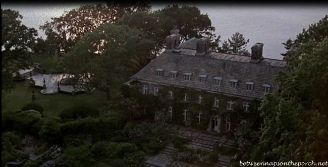 Sabrina: Tour the Beautiful Glen Cove Estate in the Movie | http://betweennapsontheporch.net/sabrina-tour-the-beautiful-glen-cove-estate-in-the-movie/