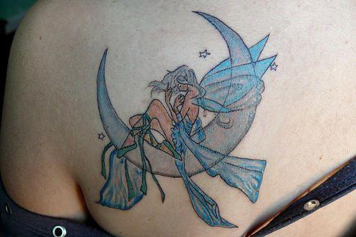 best 25 small fairy tattoos ideas on pinterest fairy tattoo designs fairies tattoo and small. Black Bedroom Furniture Sets. Home Design Ideas