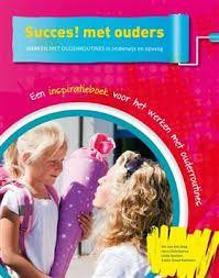 Je kunt de ouderbetrokkenheid op school vergroten door ouderroutines in te zetten. In het boek 'Succes! met ouders' worden 17 routines uitgebreid beschreven.