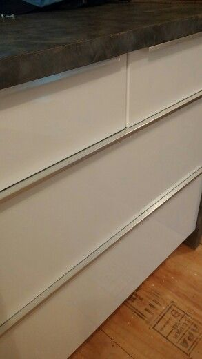 First taste of gloss white drawers with stainless handles. Yay!!