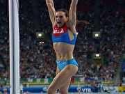Yelena Isinbayeva dá show em casa e retoma trono do salto com vara