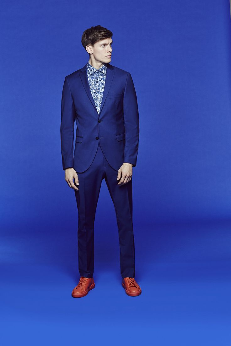 Hit the right style notes with modern suit.