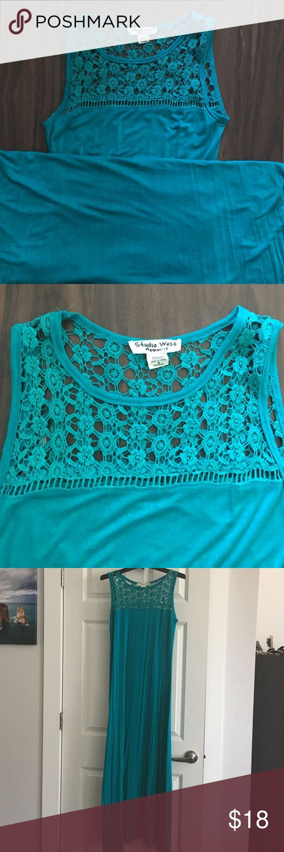 Turquoise maxi dress Beautiful turquoise maxi dress. Lace on the chest and back. can wear for a casual night out and on the beach! Dresses Maxi