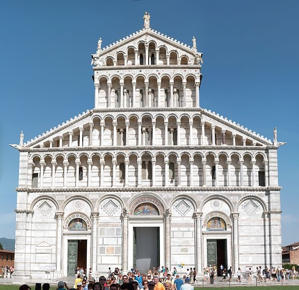 Duomo di Pisa. Construction was begun in 1064 by the architect Buscheto, and set the model for the distinctive Pisan Romanesque style of architecture.