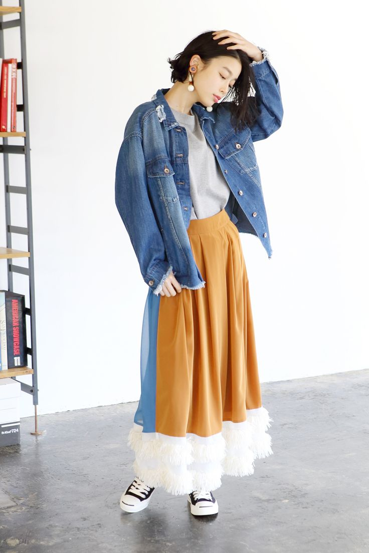 仕事のときもデートのときも女子会のときも、お洒落でいたい♡ そんなあなたに、今が旬のファッションアイテムを毎日紹介。佐藤栞里さんと千国めぐみさんが着こなすコーデを要チェック。