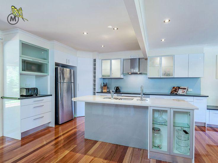 A chef's kitchen #entertainer #kitchen #MHRE