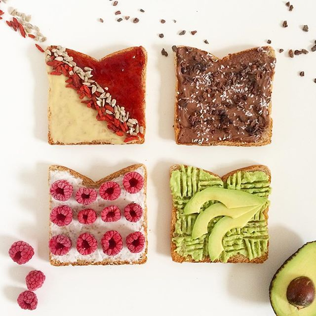 1: Almond creme & strawb jam topped with sunflower seeds and gojis 2: Vegan Choc Creamcheese  topped with coconut flakes and cocoa nibs 3: vegan cream 'cheese' topped with frozen raspberries 4: guac topped with avo slices