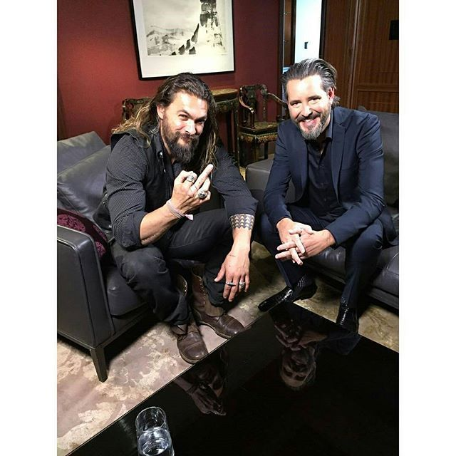 regram @rozweston Things discussed with Jason Mamoa @prideofgypsies : #GameOfThrones #JusticeLeague #Frontier Also beer, missing our kids and getting fat. Like really fat. Things Learned About Jason Mamoa : He's genuine. Doesn't give a shit. Loves his family. Hates seeing his wife make out with other dudes on TV. He can't wait to get fat. Like really fat. Thanks, bro. #onclesauvage #aloha #hawaiian #prideofgypsies # @RepostIt_app #jasonmomoa #jasonmomoabrasiloficial