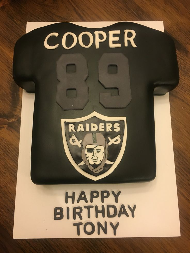 Oakland Raiders Cake